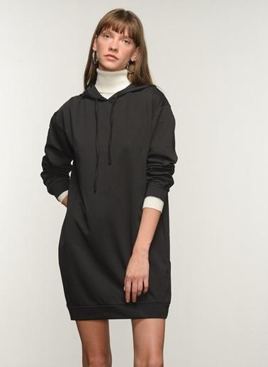 NGSTYLE Ngkss21El0003 Kapşonlu Basic Elbise Siyah